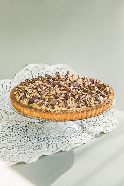 Tarta snickers przygotowana przez Mamy Wypieki w Gdańsku