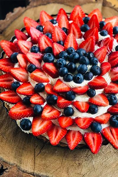 Ciasto z truskawkami i borówkami - Trójmiasto